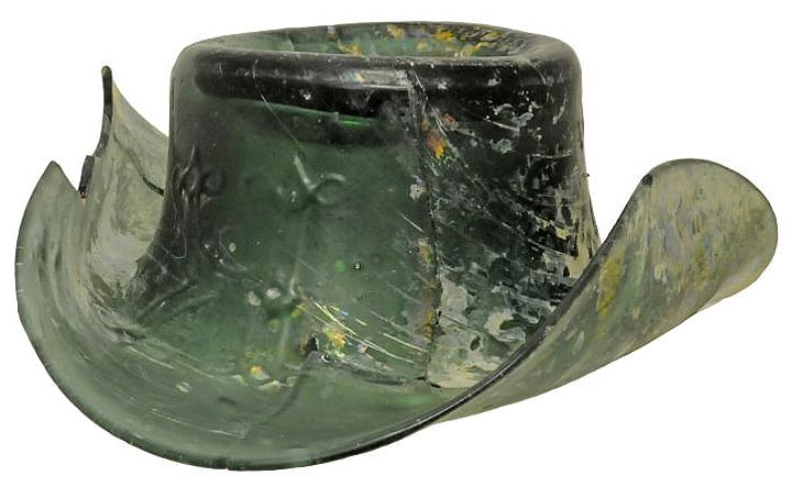 1850s-glass-hat-made-by-a-river-wards-glassmaker.752.478.s