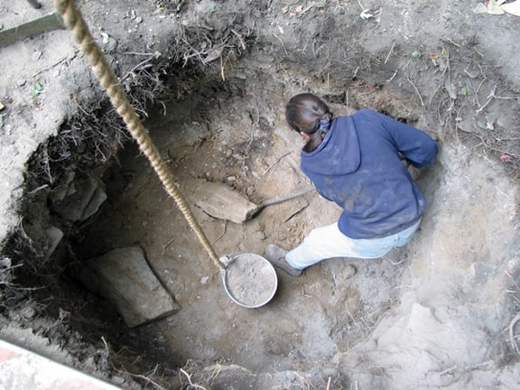 Privy Digging The Hole Story Peachridge Glass