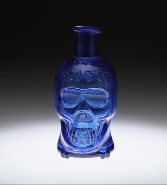 28 Best Skull Perfume Bottles Images On Pinterest: Skull Shaped Poison Bottles – A Frightening Favorite