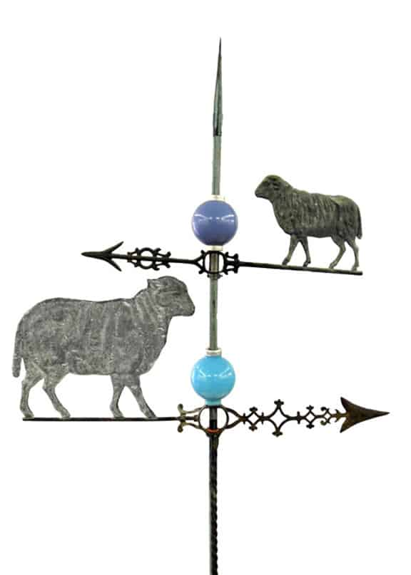 Pair of Facing Sheep and Plain Round BMG Balls