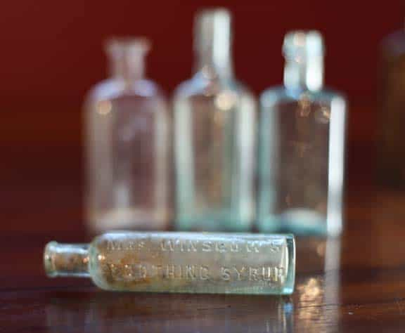 Great photograph of a MRS. WINSLOW'S SOOTHING SYRUP bottle -
