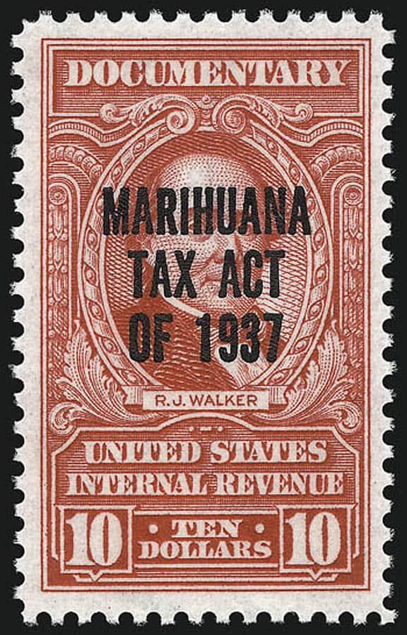 MarihuanaTaxAct_10_Walker