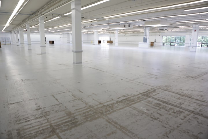 Showroom_Empty