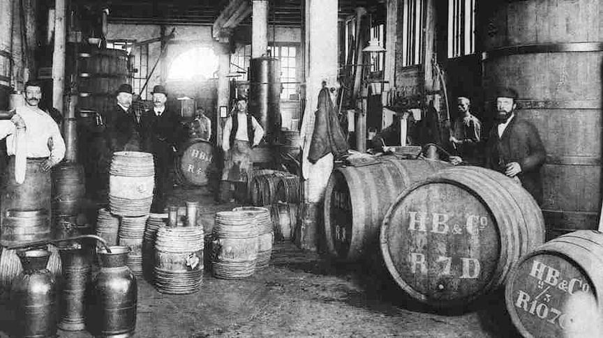 HobokendeBie&Co. gin distillery in Rotterdam