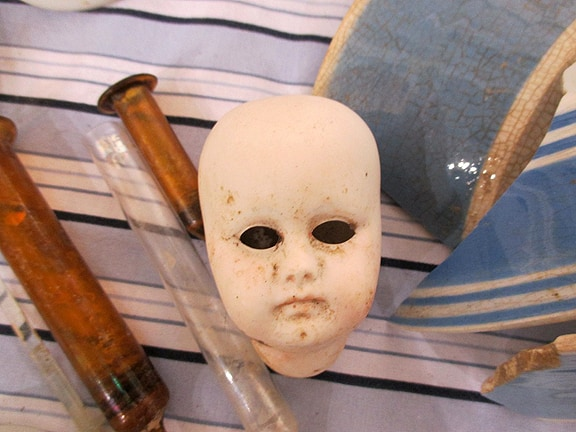 SpookyDollHead