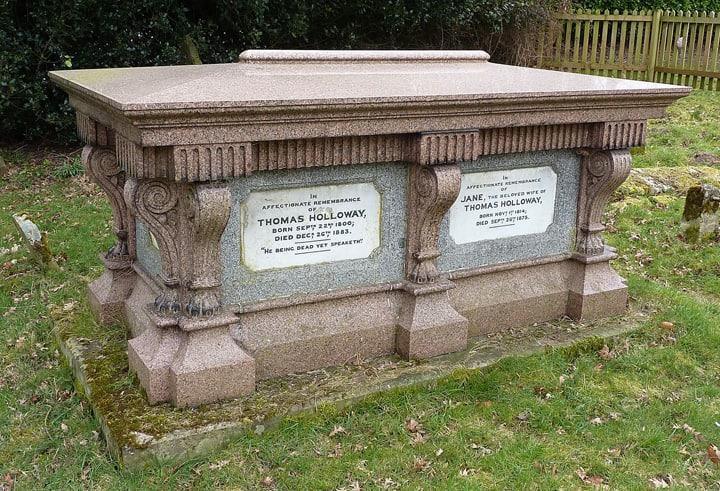 Thomas_Holloway_grave