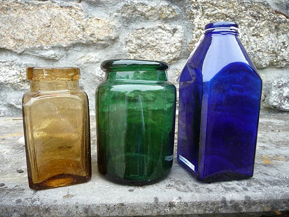 3 Colored Jars