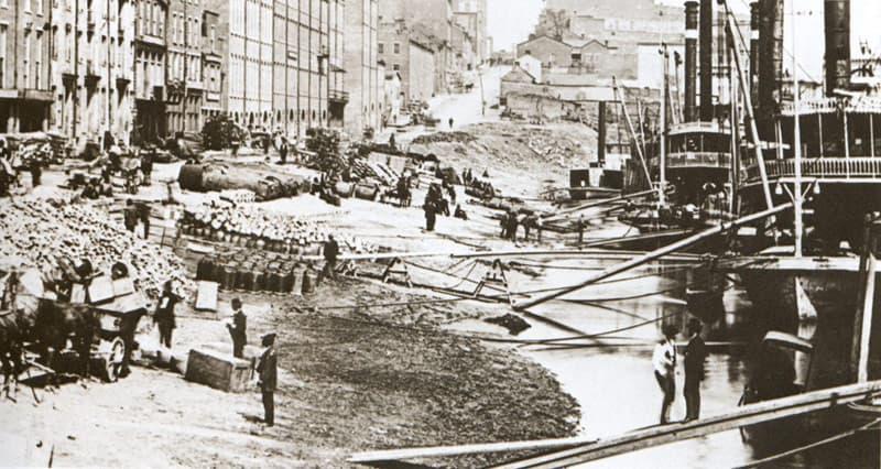 Old_nashville_riverfront